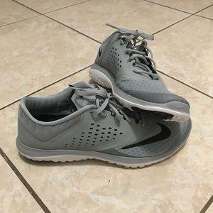 Nike size 10.5 men's NWT
